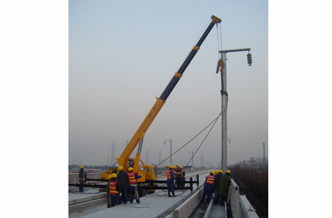 高速铁路专用吊车