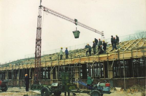 建筑物料吊铺机